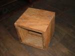 cubo em madeira de demolicao