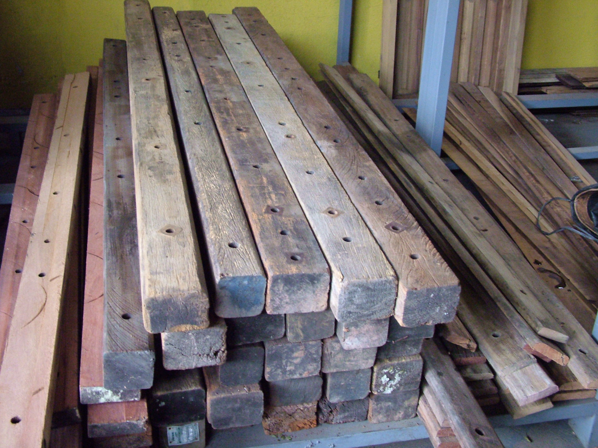 cruzetas de madeira (3) Madeira de Demolição #797141 2016x1512