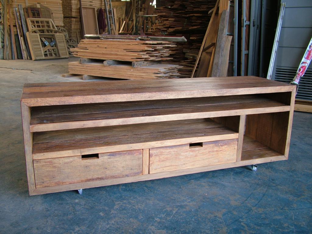 Móveis em madeira de demolicao – Mesa de centro – Móveis  #8C5E40 1024x768