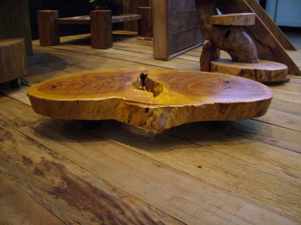 Mesa em madeira de demolicao Madeira de Demoli??o